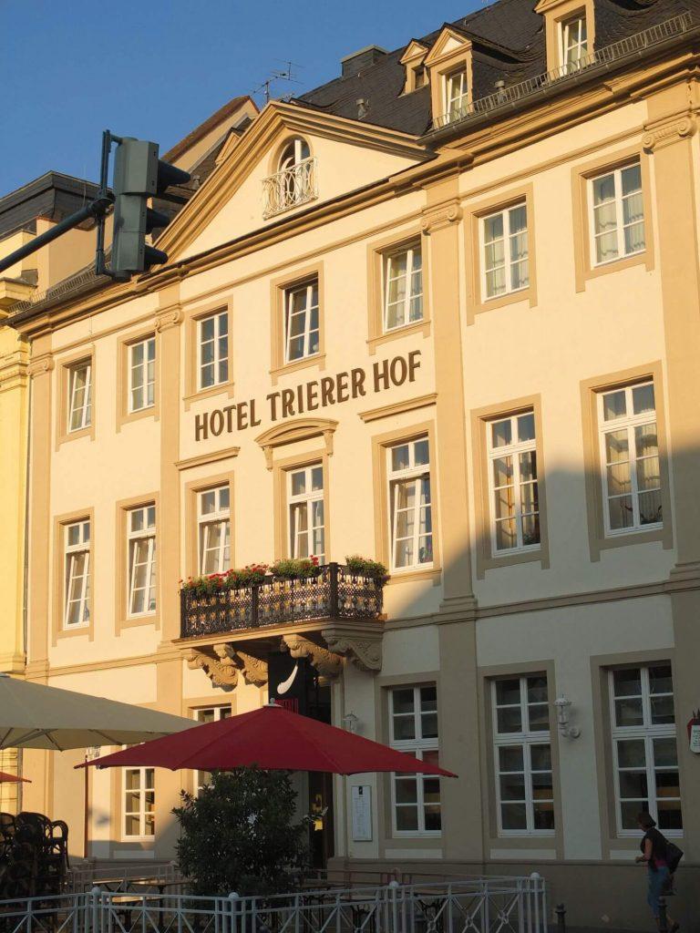 Außenansicht Hotel Trierer Hof Koblenz
