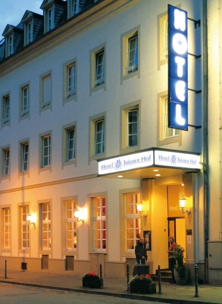 Hotel Trierer Hof in Koblenz in gemütlicher Abendstimmung